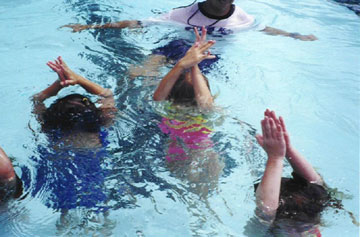 Underwater Applause Toddler submersion activity